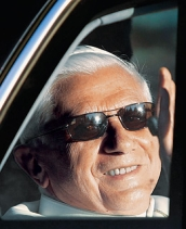 O papa Bieito