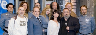 Os actores e mais o director de Plutón BRB Nero